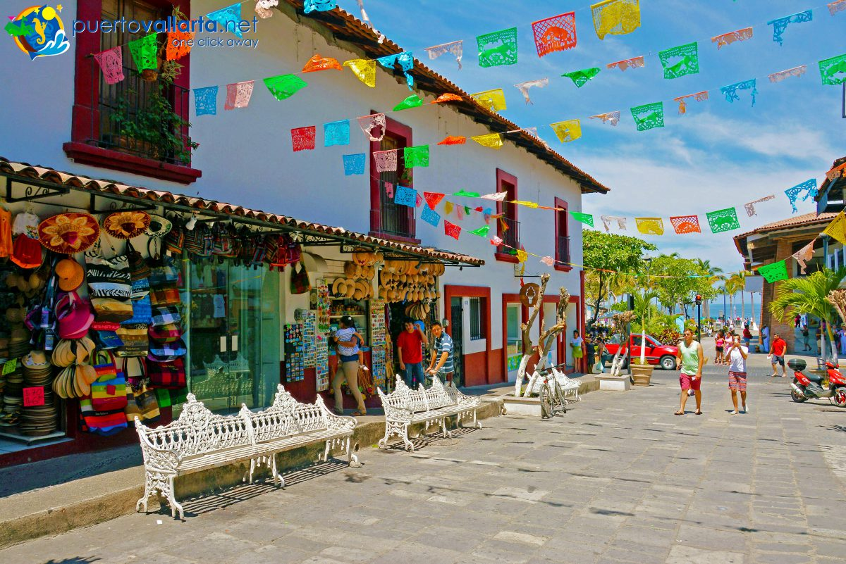 Independencia Street by the local Parish in downtown Puerto Vallarta
