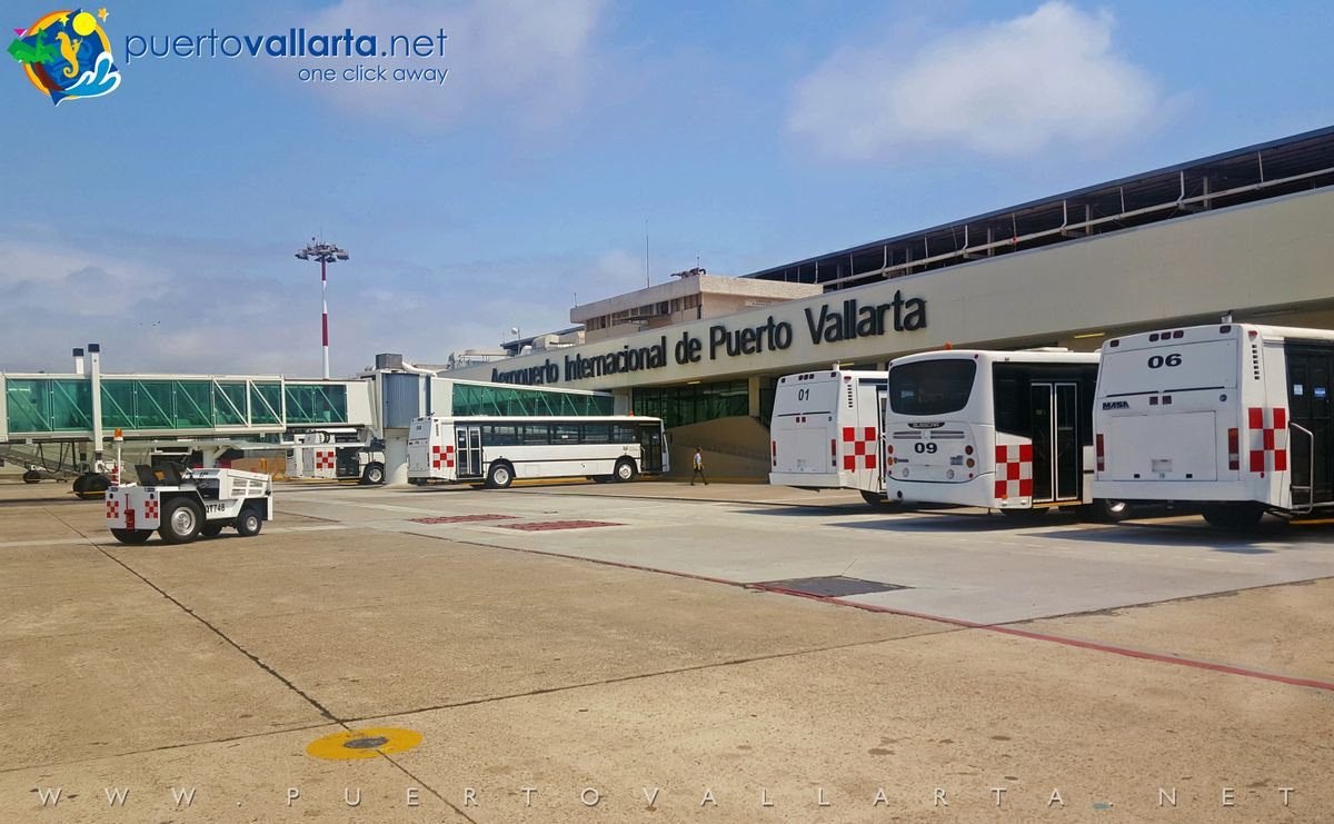 Terminal A with national flight gates PVR Airport (PVR Airport Tarmac)