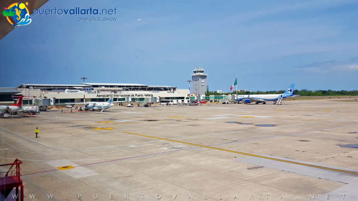 Puerto Vallarta Airport, Terminal A, gates and planes for flights in Mexico