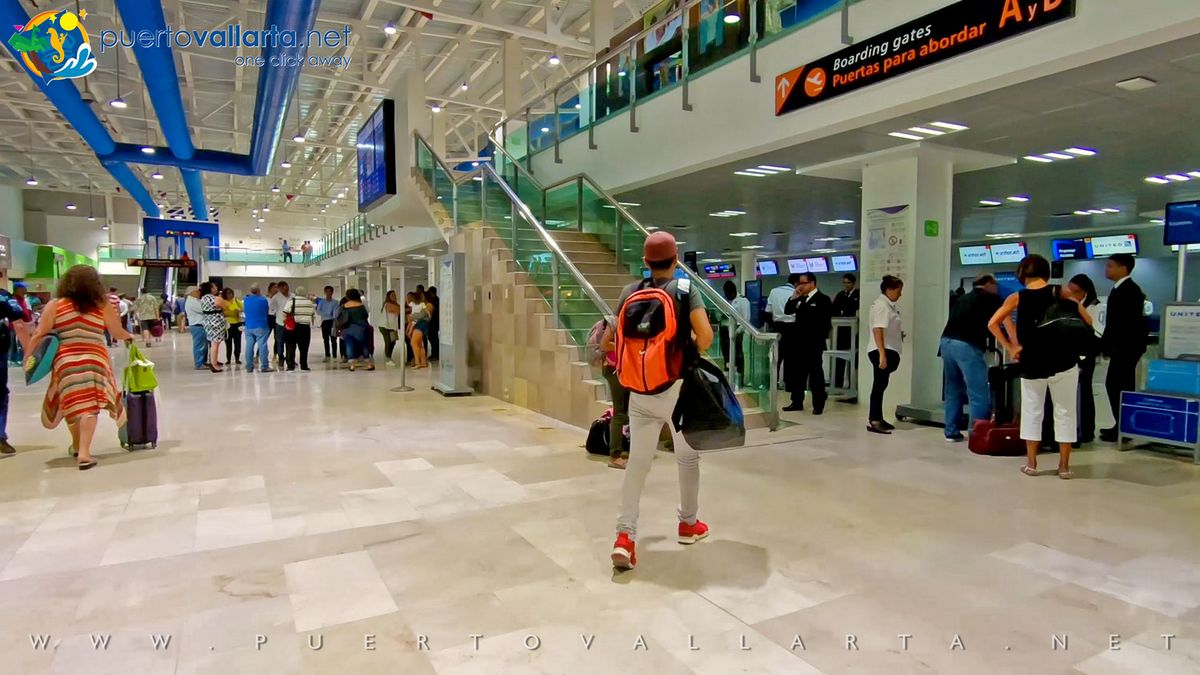 Puerto Vallarta Airport, main hall