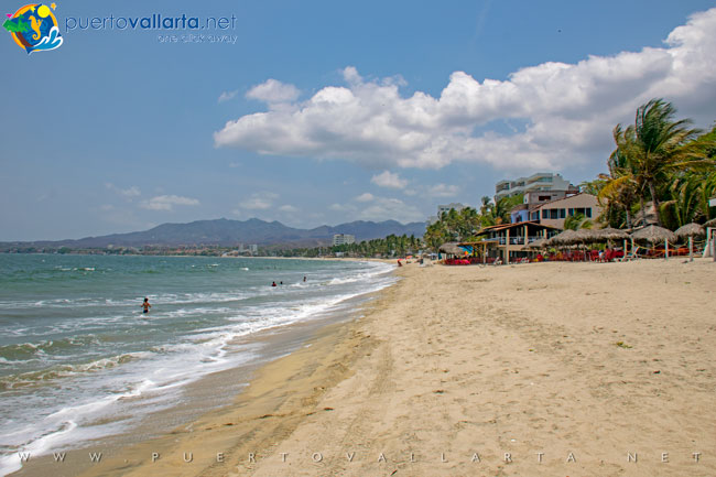 Bucerias beach Nayarit looking north