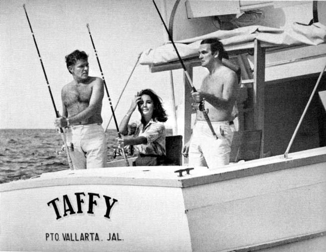 Richard, Elizabeth and actor Stanley Baker enjoying Vallarta