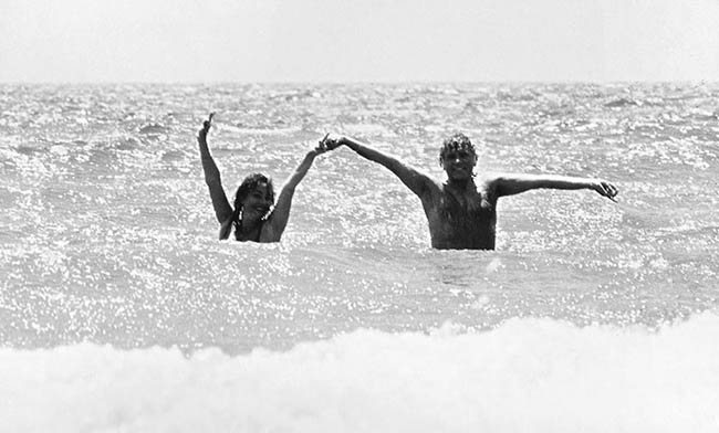 Liz & Dick enjoying the waves in Puerto Vallarta