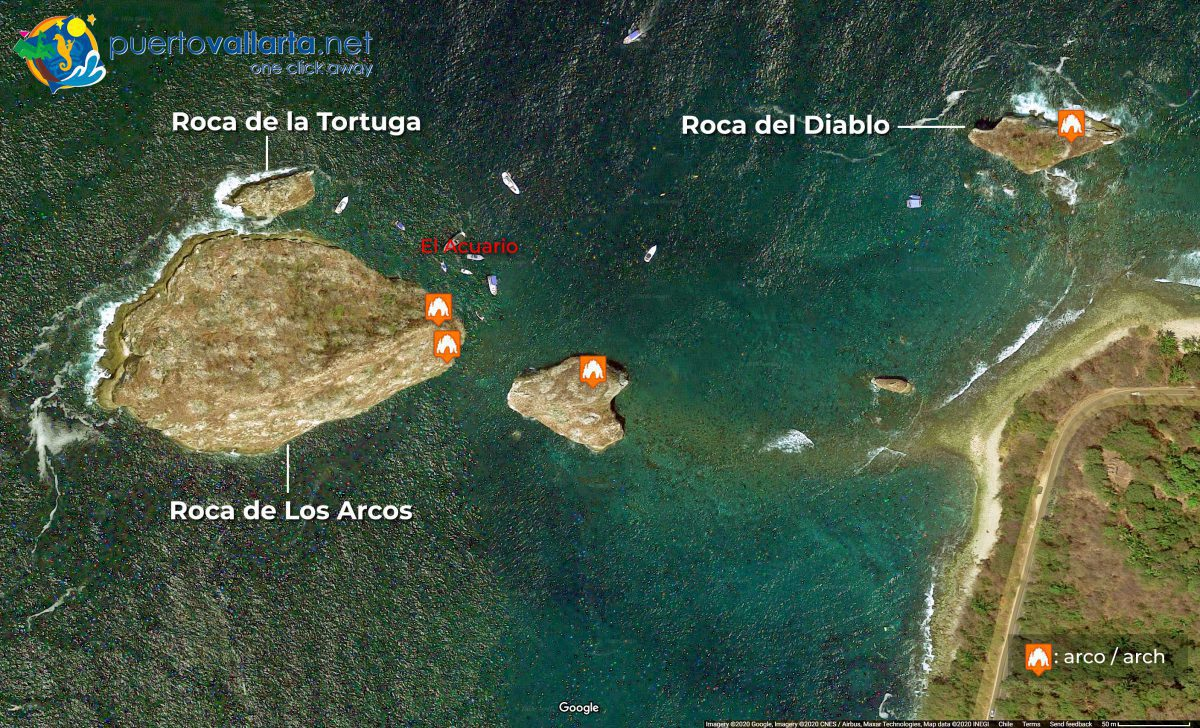 Los Arcos de Mismaloya, satellite view, islands and arches