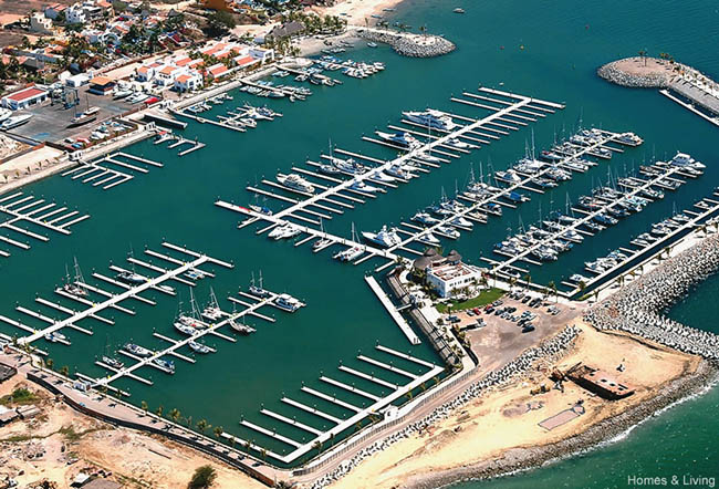 Aerial view of the Marina La Cruz de Huanacaxtle