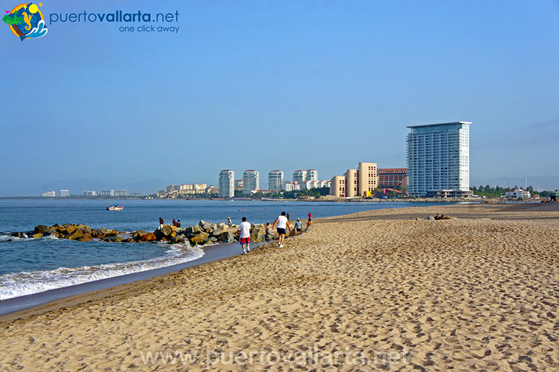 Playa de Oro (Gold Beach) Puerto Vallarta hotel zone