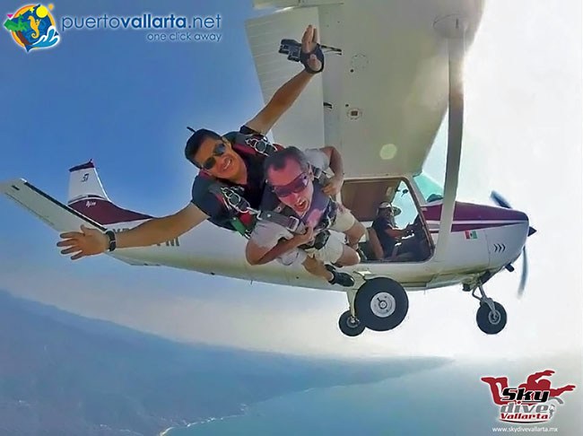 Skydive in Vallarta