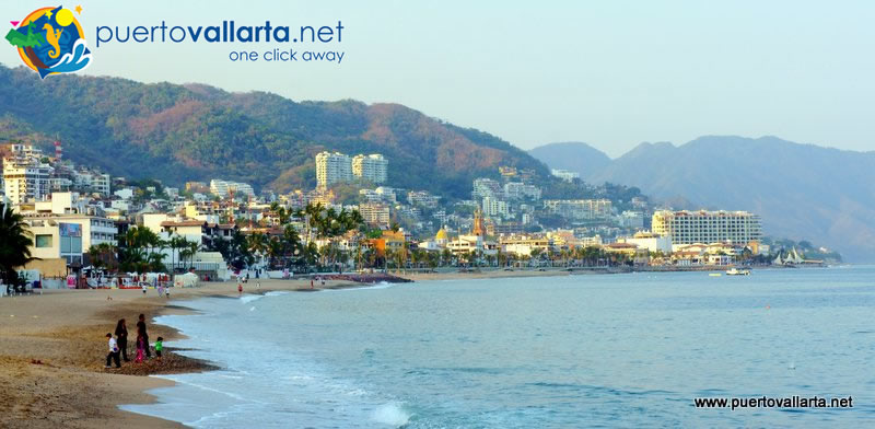 Puerto Vallarta starts its day