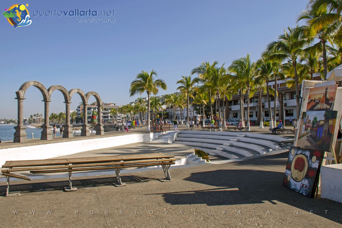 The Arches on the Malecon and the Aquiles Serdán Amphitheater