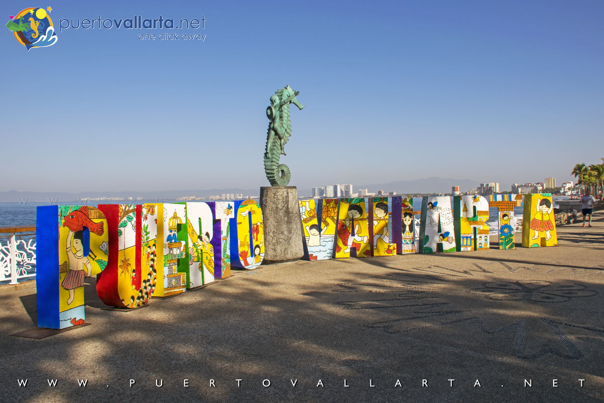 Puerto Vallarta Malecon / Boardwalk & The Seahorse Statue